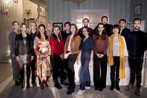 Nye karakterer og en ny tid præger handlingen i sjette sæson af TV2's populære serie.