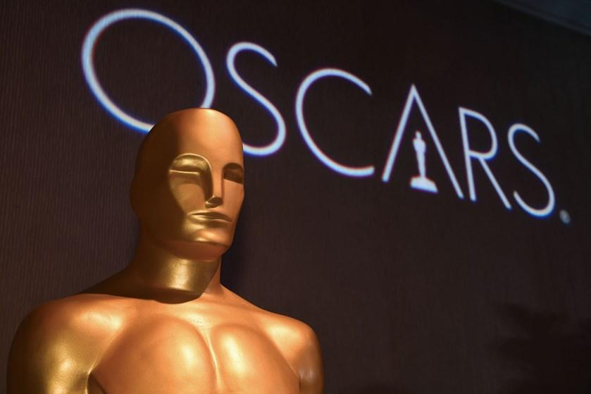 Kendte vil annoncere prismodtagere til årets Oscar-show, men der bliver ingen vært til at lede aftenen.