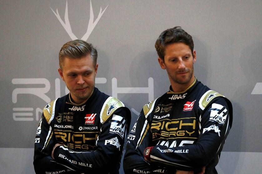 Kevin Magnussen var torsdag med til at afsløre Haas-holdets nye racerbil til den kommende Formel 1-sæson.