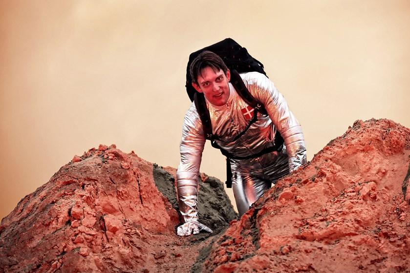 Mars One Ventures blev tirsdag erklæret konkurs. Men 38-årig dansk IT-specialist tror stadig på Mars-drømmen.