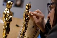 Oscar 2019 vil uddele prominente priser under reklamepauserne for at skære ned på showets længde.