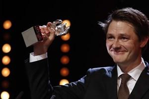 Både danske film, skuespillere og folk bag kameraet har gennem årene fået priser ved filmfestivalen i Berlin.
