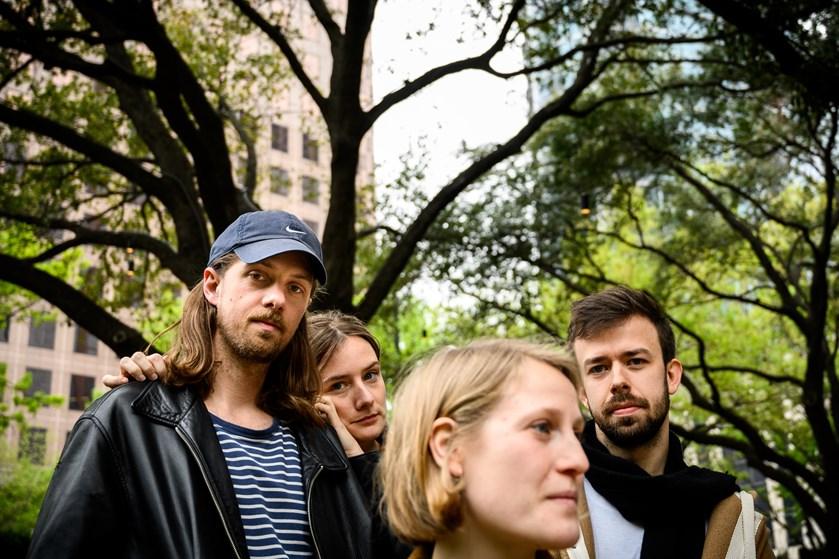 Bandet Lowly drømmer om at følge i fodsporene på blandt andre Mø og blive Danmarks næste store succes i USA.