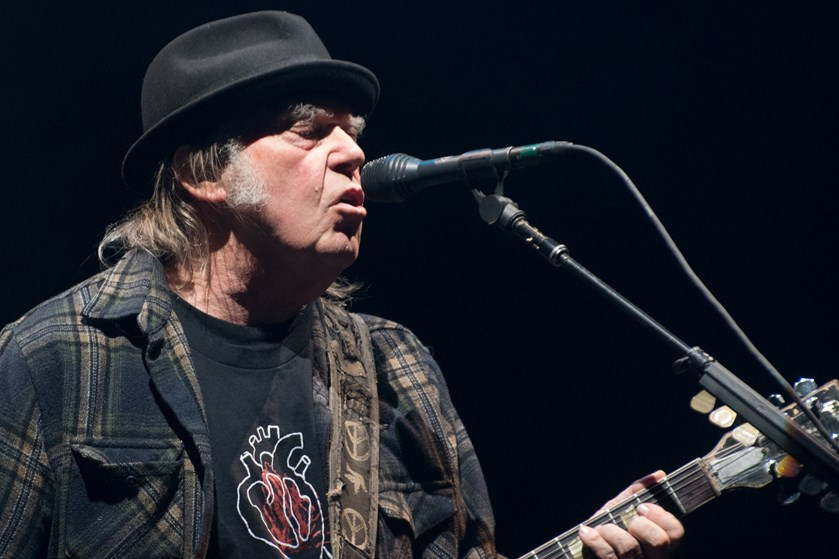Festivalgæsterne ved årets Tinderbox-festival kan til sommer opleve den canadiske rockkunstner Neil Young.