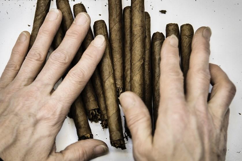 Trods en lille vækst i omsætningen blev det til et mindre overskud for Scandinavian Tobacco Group i 2018.
