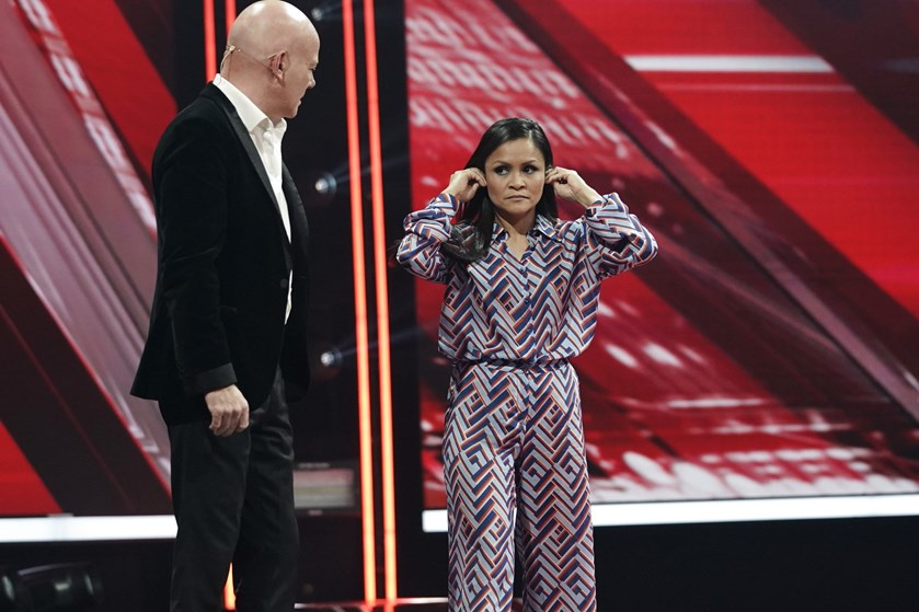 """Gina Michaels blev fredag sendt ud i tredje liveshow af årets """"X Factor"""". Seks deltagere er nu tilbage."""