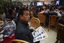 Rekordpris for brevduen Armando blev givet ved auktion efter bud fra mange bud fra kinesiske entusiaster.