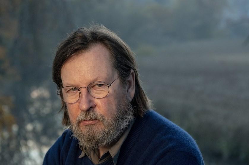 I anerkendelse af Lars von Triers samlede værk tildeles han årets Rungstedlundpris.