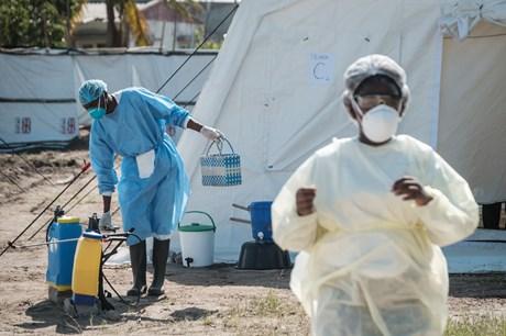 Flere tusind er smittet af den dødelige sygdom kolera, men Unicef forventer ikke yderligere eskalering.