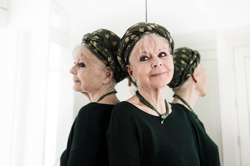 Lone Hertz Fylder 80 år Jeg Kan Ikke Tillade Mig At Dø Endnu Jubii
