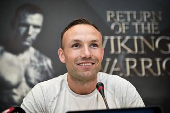 """Bokseren Mikkel Kessler og bordtennisspilleren Michael Maze har sagt ja til at deltage i """"Vild med dans""""."""