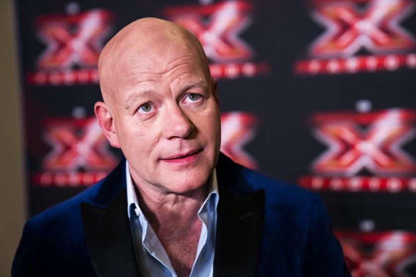 Den garvede X Factor-dommer har produceret et album for sin forlovede, Julia Werup.