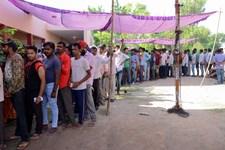 I alt 900 millioner har kunnet stemme ved verdens største demokratiske valg i Indien.