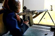 2,3 millioner privatejede våben ligger hos 8,3 millioner indbyggere i Schweiz, der nu får ny lovgivning.