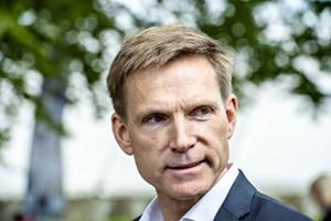 Dansk Folkepartis formand mener, at en S-DF-V-regering kan fungere, hvis modsætninger kan lægges til side.