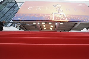 Der blev drysset en smule stjernestøv ud over Danmark, da der onsdag blev uddelt priser ved filmfestivalen.