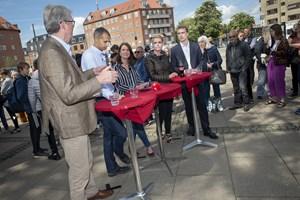 Karsten Hønge (SF) er tidligere blevet kritiseret for både at stille op til Europa-Parlamentet og Folketinget.