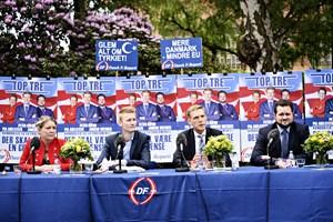 DF vil stoppe udenlandsk arbejdskraft i at underbyde dansk, men forslaget er umuligt ifølge professor.