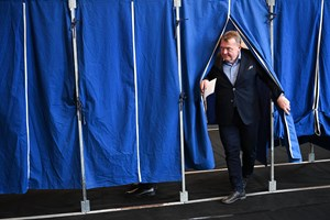 Venstre har haft succes med at fiske vælgere fra Dansk Folkeparti, mener politisk kommentator.