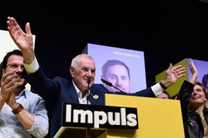 Med knap 5000 stemmers føring ser en catalansk separatist ud til at blive borgmester i Barcelona.