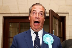 Brexitparti vinder EP-valget i Storbritannien. Danske Henrik Nielsen er valgt ind for partiet ifølge BBC.