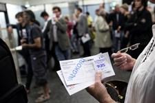 Antallet af brevstemmer i Københavns Kommune er steget med 75 procent. Det har givet lange ventetider.