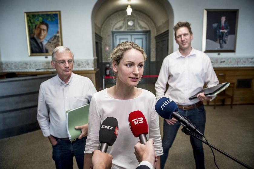 De Radikale, SF og EL er enige om, at Lindholm ikke er løsningen. Men der er ikke et klart bud på erstatning.