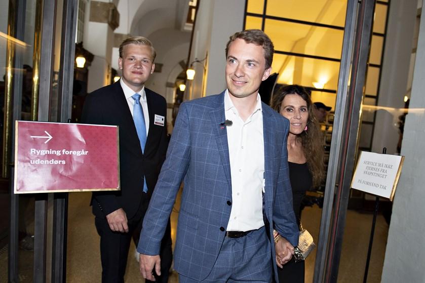 Morten Messerschmidt glimrer ved sit fravær i Dansk Folkepartis nye ledelse, siger kommentator Hans Engell.