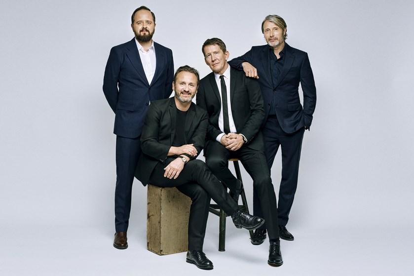 """Med nogle ugers forsinkelse er Thomas Vinterberg i gang med optagelserne til sin nye film """"Druk""""."""