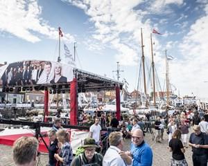 På Bornholm, hvor Folkemødet afholdes i weekenden, er der både masser af sol og kraftigt regnvejr i vente.