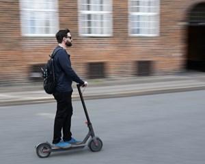 Som en et-årrig forsøgsordning sætter Københavns Kommune en grænse på 200 elektriske løbehjul i Indre by.