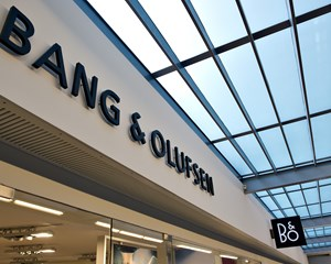 Det seneste år har været skuffende for Bang & Olufsen, der må se overskuddet falde 77 procent.