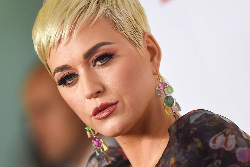 """Sangerinden Katy Perry anklages for sexchikane af medspiller i musikvideoen til storhittet """"Teenage Dream""""."""