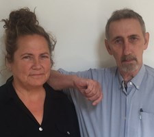 Søskendeparret Lotte og Søren Hammer har fået stor succes med at skrive krimier, men skifter nu spor.