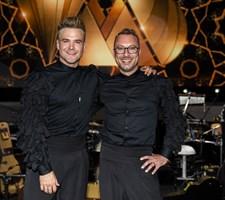 Det kom bag på Silas Holst og Jakob Fauerby, hvor højt publikum jublede, da de dansede for første gang.