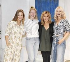 "Der var sang og selvbruner-snak, da Annette Heick så ABBA-musicalen ""Mamma Mia"" i London og mødte holdet bag."