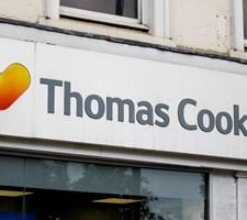 Gælden hos Thomas Cook er vokset de seneste år, og nu har rejsefirmaet søgt om amerikansk konkursbeskyttelse.