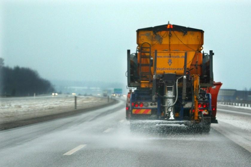 Vejdirektoratets saltbiler har i år været sendt tidligere i aktion end sidste år.