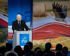 Polakkerne går søndag til parlamentsvalg, mens forholdet mellem Polen og EU bliver stadig mere giftigt.