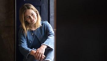 """Når filmen """"Lille sommerfugl"""" får premiere til næste år, er tv-vært Sarah Grünewald med på rollelisten."""