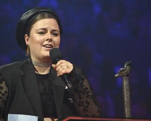 Den unge sangerinde vandt torsdag aften prisen som Årets Nye Danske Livenavn ved Danish Music Awards.