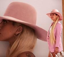 Lady Gaga, Avril Lavigne og Iggy Azalea er blandt de artister, som iransk musiktjeneste har photoshoppet væk.
