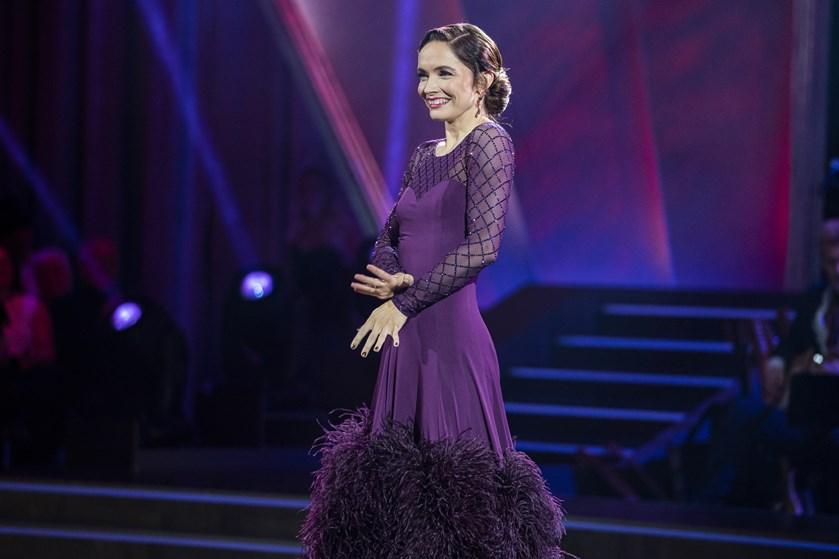 """""""Vild med dans"""" har fået skuespiller Neel Rønholt til at være glad og stolt, selv om hun begår fejl."""