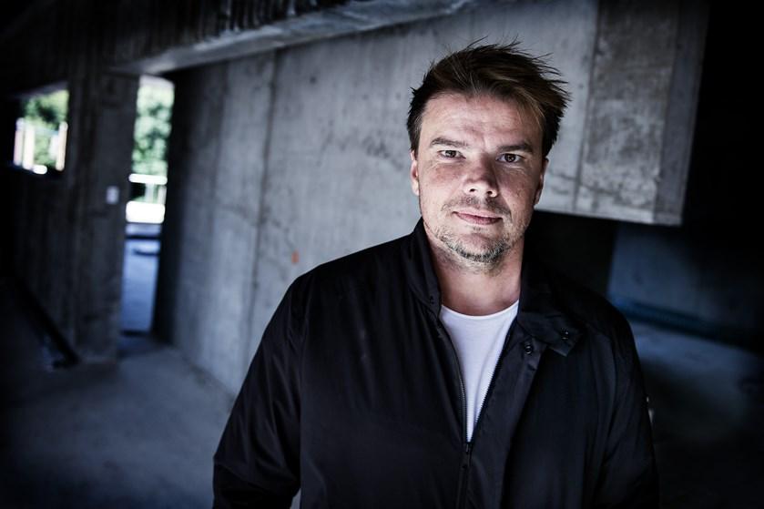 Bjarke Ingels modtager fransk ridderorden for at slå stregerne til blandt andet kulturhus og metrostation.