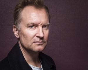 """I tv-serien """"Forhøret"""" spiller Ulrich Thomsen over for sin datter. Særligt én scene var speciel at indspille."""
