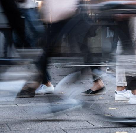 Tilliden blandt de danske forbrugere ligger fortsat lavere end gennemsnittet for de seneste seks måneder.