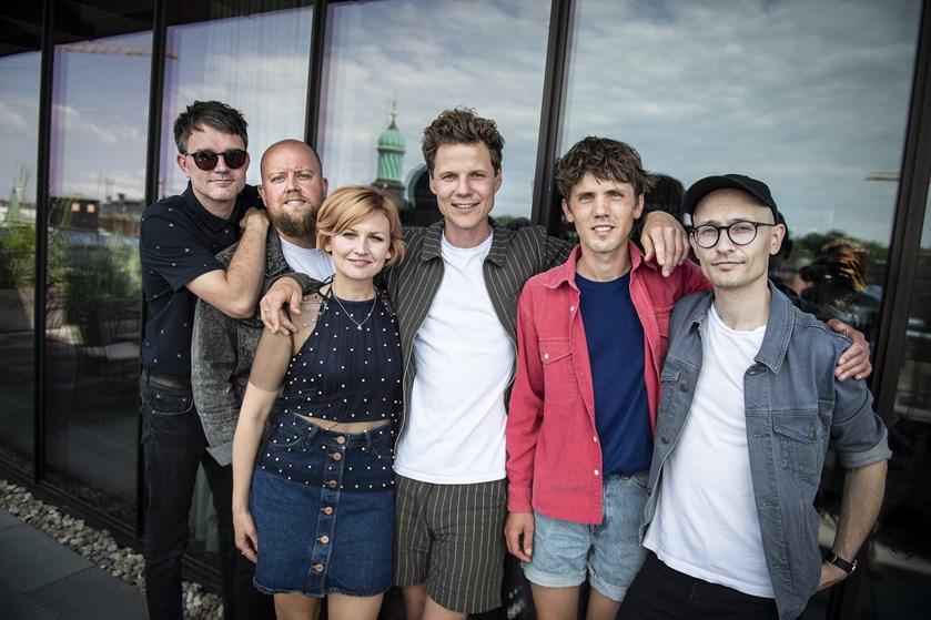 """Alphabeats """"Fascination"""" blev skrevet i en lille loftslejlighed i Silkeborg, hvor drømmen om succes fik liv."""