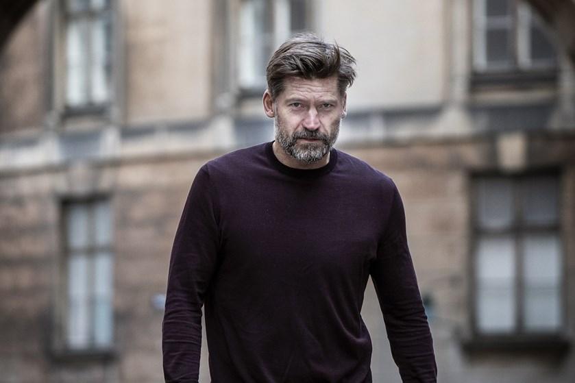 Den danske skuespiller lever et fragmenteret liv, og derfor har han brug for kontinuitet og fællesskaber.