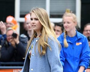 Prinsesse Catharina-Amalia af Holland elsker ridning og sang, og lørdag kan der sættes 16 lys i kagen.