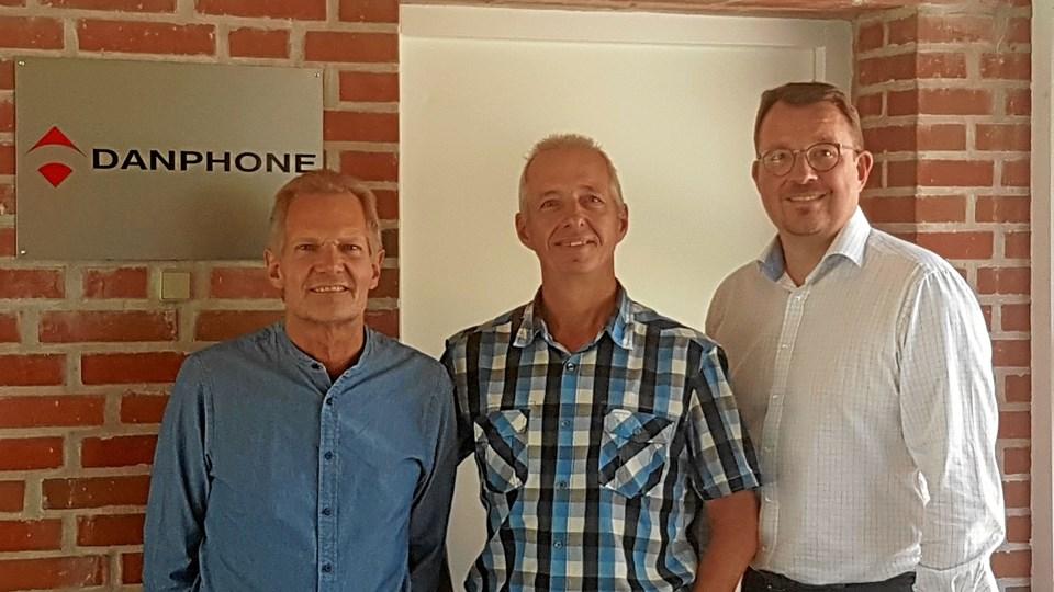 Danphones nye ejerkreds, fra venstre adm. direktør Ove Jensen, salgschef Andy Reynolds og Claus Falk.